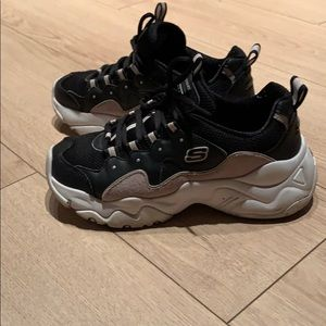 Skechers D'lites shoes, used in good condition!